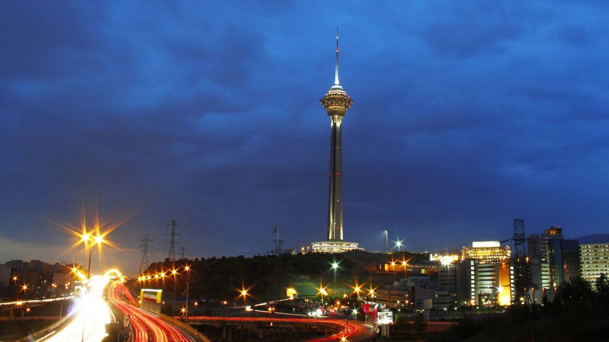 برج میلاد؛ همهچیز دربارهی نماد تهران