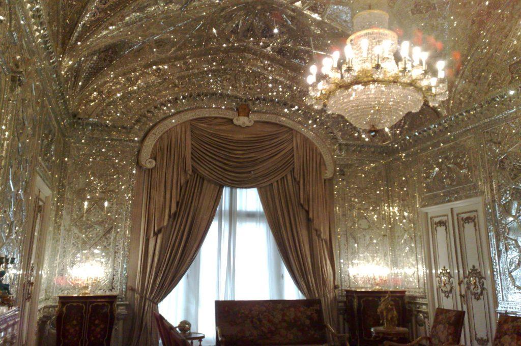 تالار آیینه-کاخ گلستان