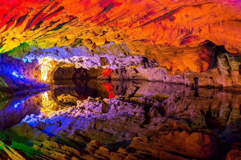 غار علیصدر-همدان