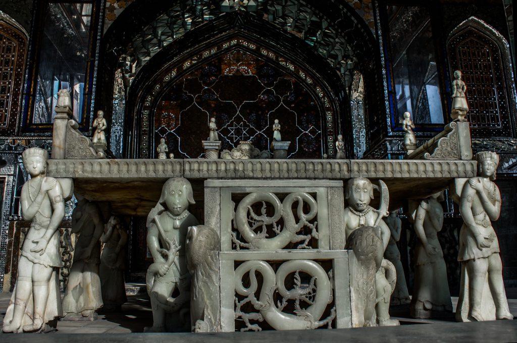 ایوان تخت مرمر-کاخ گلستان