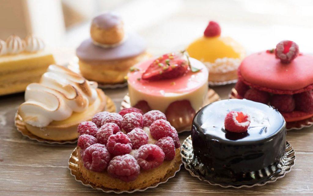 غذاهای و شیرینیهای فرانسه