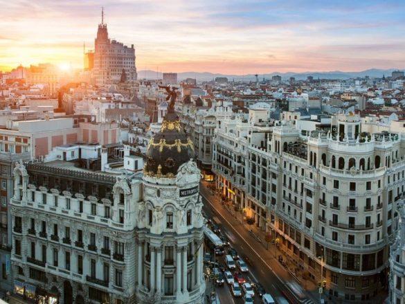 شهرهای اسپانیا با جذابیت های خاص خود پذیرای گردشگران هستند