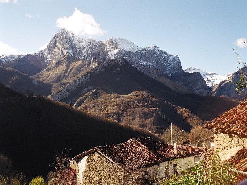 شهر پنگا در اسپانیا واقع در قسمت شرقی کشور