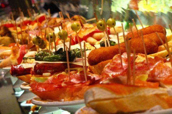 تاپاس غذای محبوب اسپانیایی