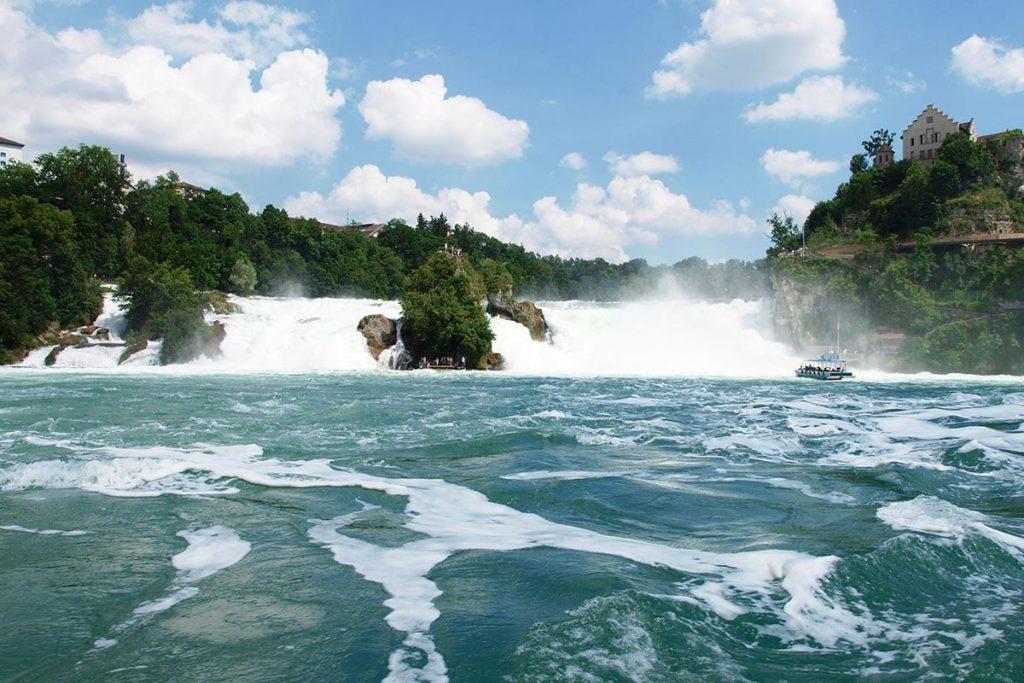 آبشار راین - جاهای دیدنی سوئیس