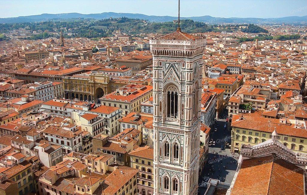 منظره شهر از بالای کلیسای جامع