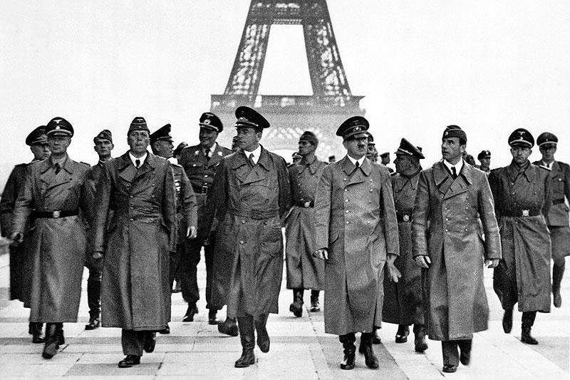 بازدید هیتلر از پاریس و برج ایفل -برج ایفل