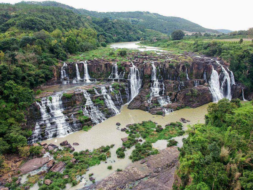 آبشار فیل (Elephant Falls)