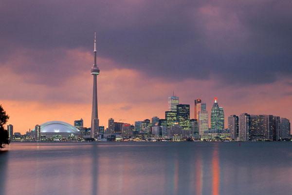 برج CN تورنتو، نماد مدرن کانادا