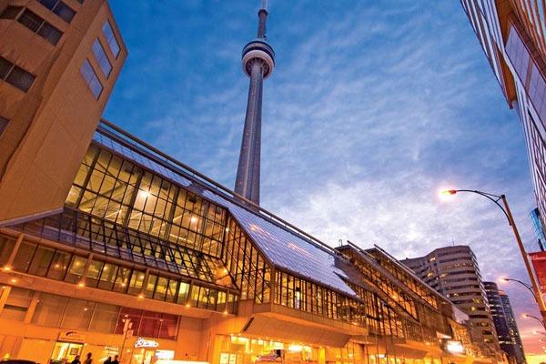 راهنمای بازدید از برج CN تورنتو