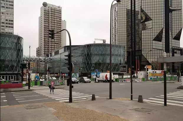 مرکز خرید بوگرنل (Beaugrenelle)