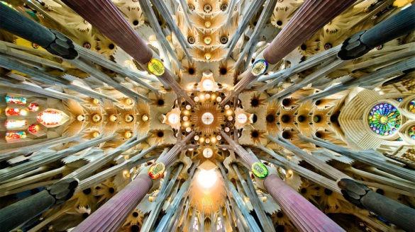 کلیسای ساگرادا فامیلیا، جاذبه شگفت انگیز بارسلونا