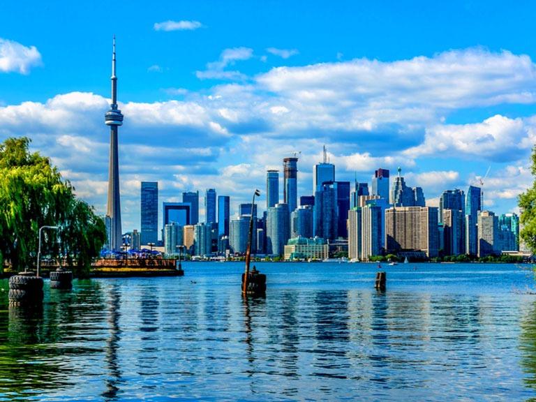 راهنمای زندگی در تورنتو کانادا - آپ کارگو