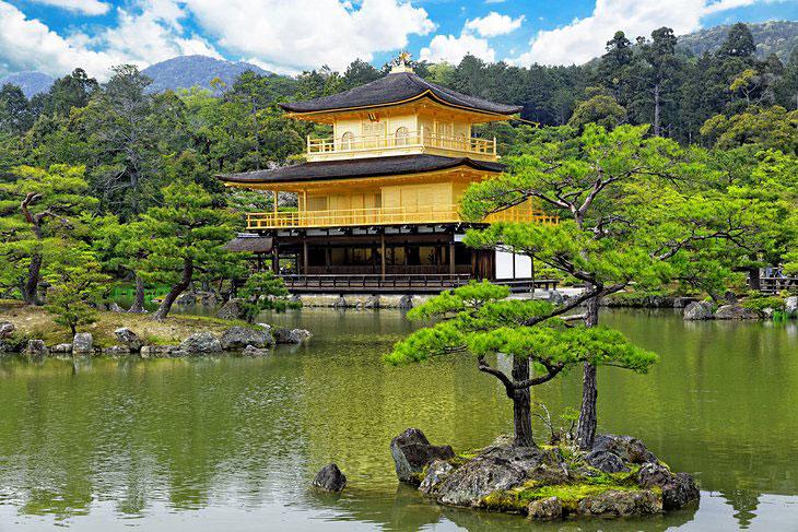 معبد طلایی یا کینکاکوجی