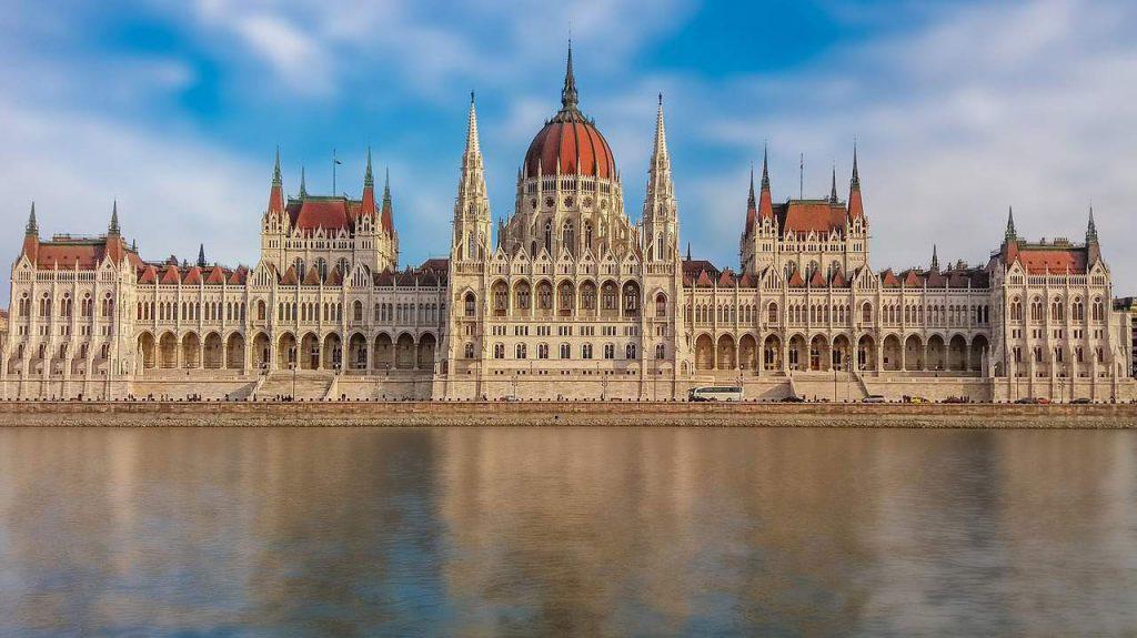 تاریخچه ساختمان پارلمان بوداپست