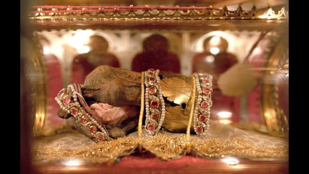 دست مومیایی شده سنت استفان