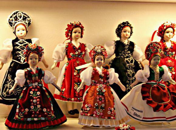 عروسکهای سنتی