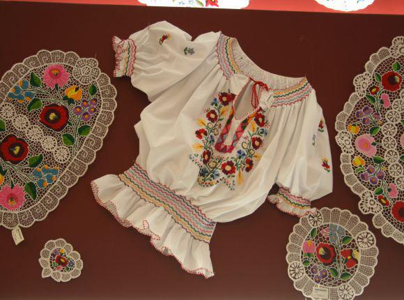 لباسهای سنتی مجارستانی