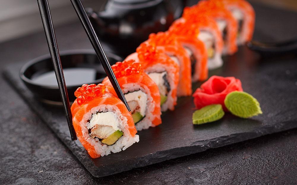 مشهورترین غذاهای ژاپن که حتما باید امتحان کنید
