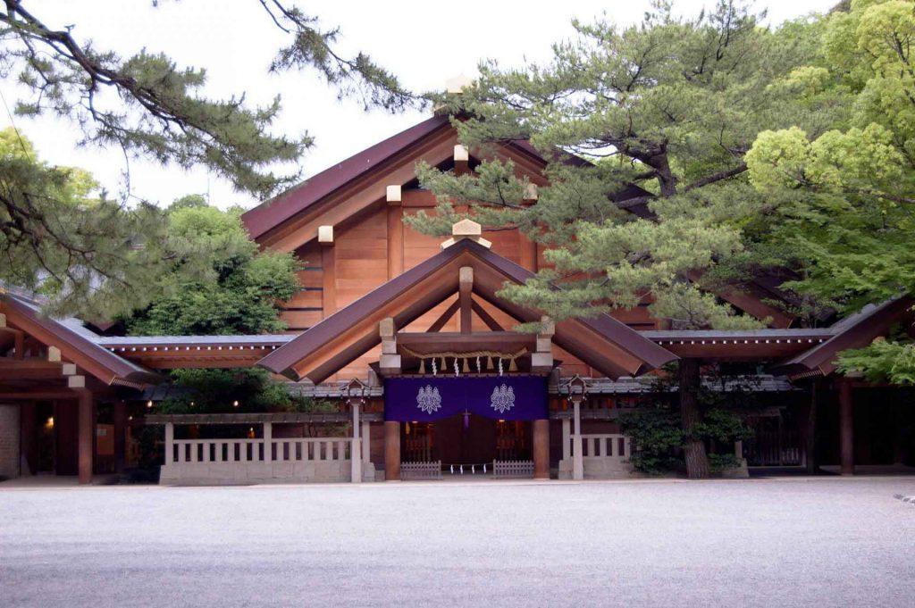 معبد آتسوتا - مکانهای دیدنی ژاپن