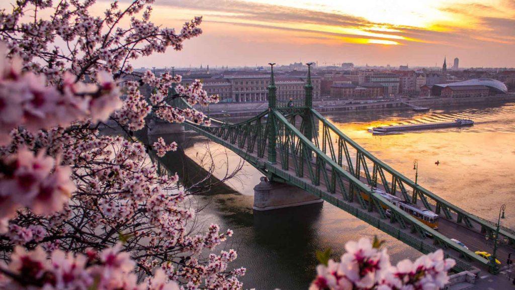 آب و هوای بوداپست در فصل بهار