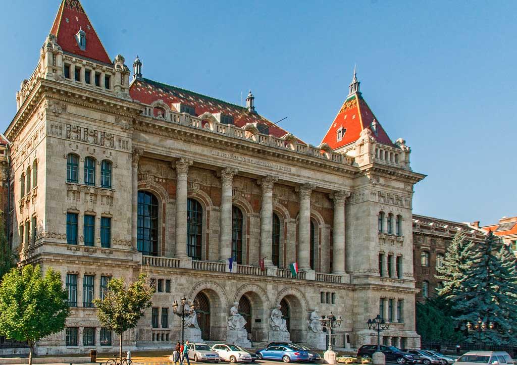 دانشگاه اقتصاد و فناوری بوداپست
