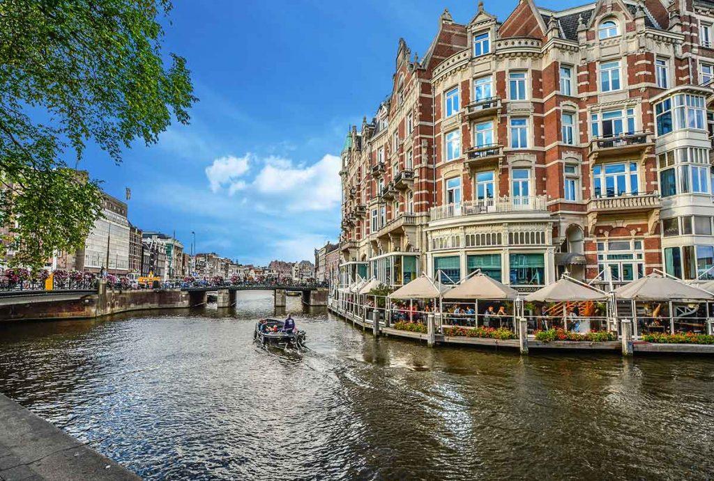 درباره کانالهای آبی آمستردام