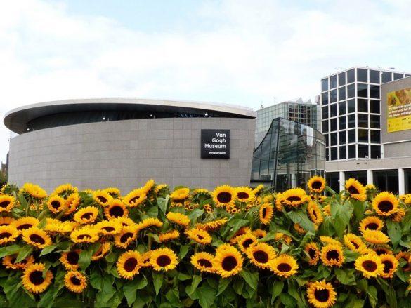 راهنمای بازدید از موزه ون گوگ آمستردام هلند