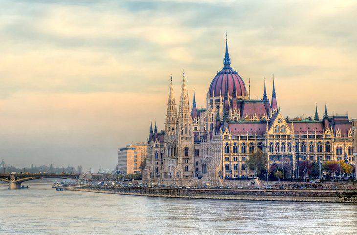 ساختمان پارلمان مجارستان - جاذبههای گردشگری مجارستان