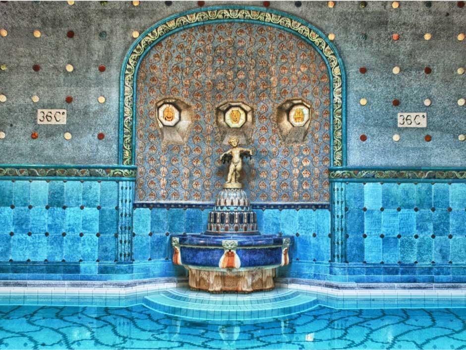 حمامهای آب گرم بوداپست