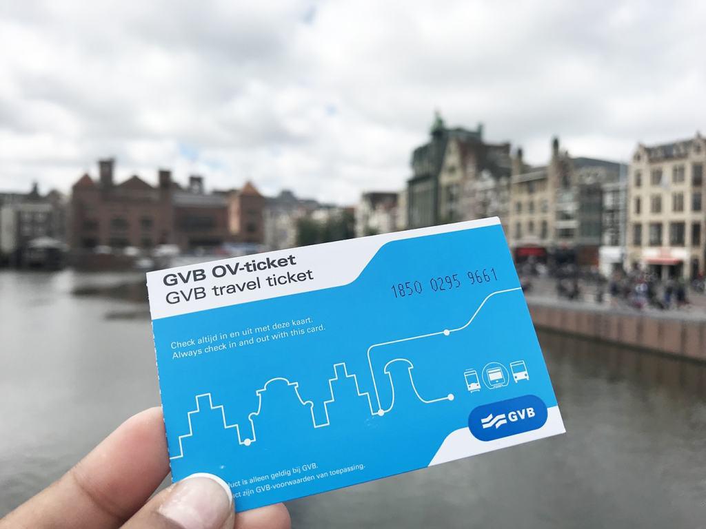 بلیت سیستم حمل و نقل عمومی در آمستردام هلند