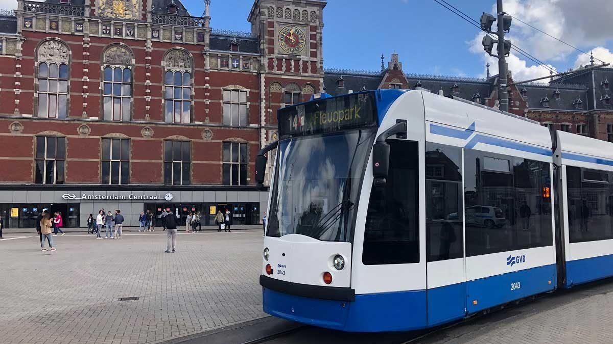 راهنمای حمل و نقل عمومی در آمستردام هلند