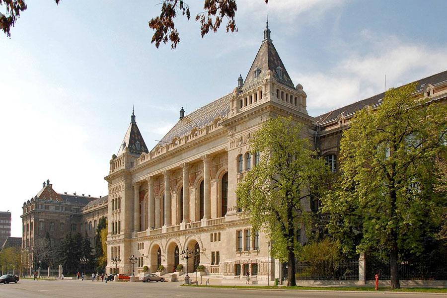 شرایط تحصیل در دانشگاه های مجارستان