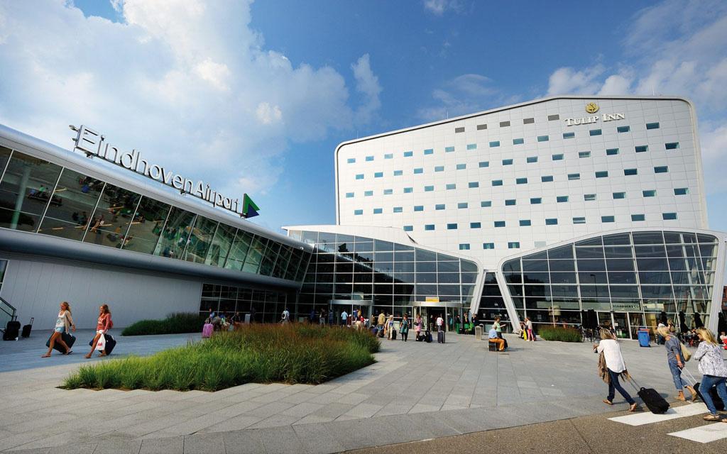 فرودگاه آیندهوون - فرودگاههای هلند