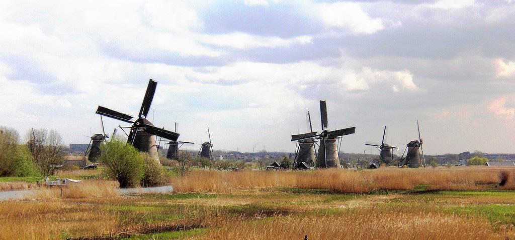 مجموعه آسیابهای بادی کیندردیک
