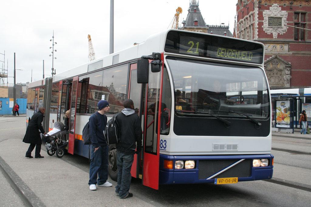 نحوه استفاده از اتوبوس آمستردام