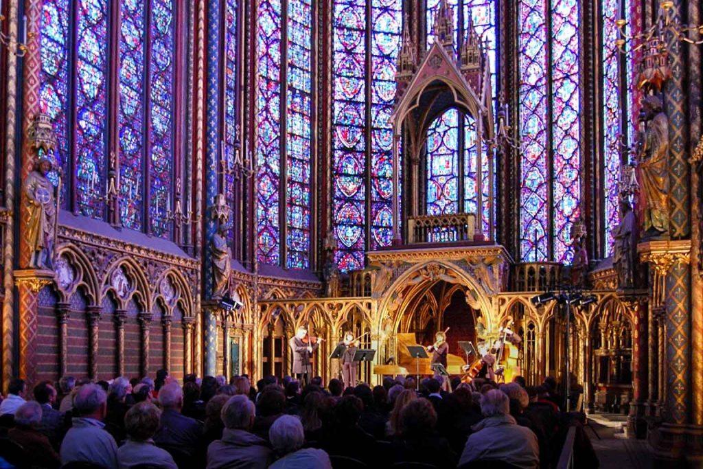 تاریخچه کلیسای سنت شاپل پاریس