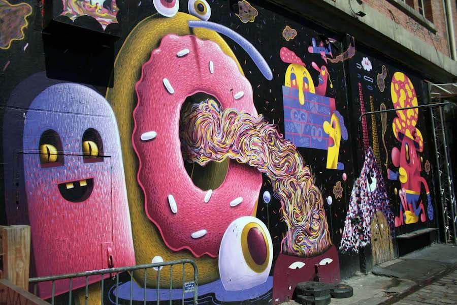 تماشای هنر خیابانی در کانال سن مارتین