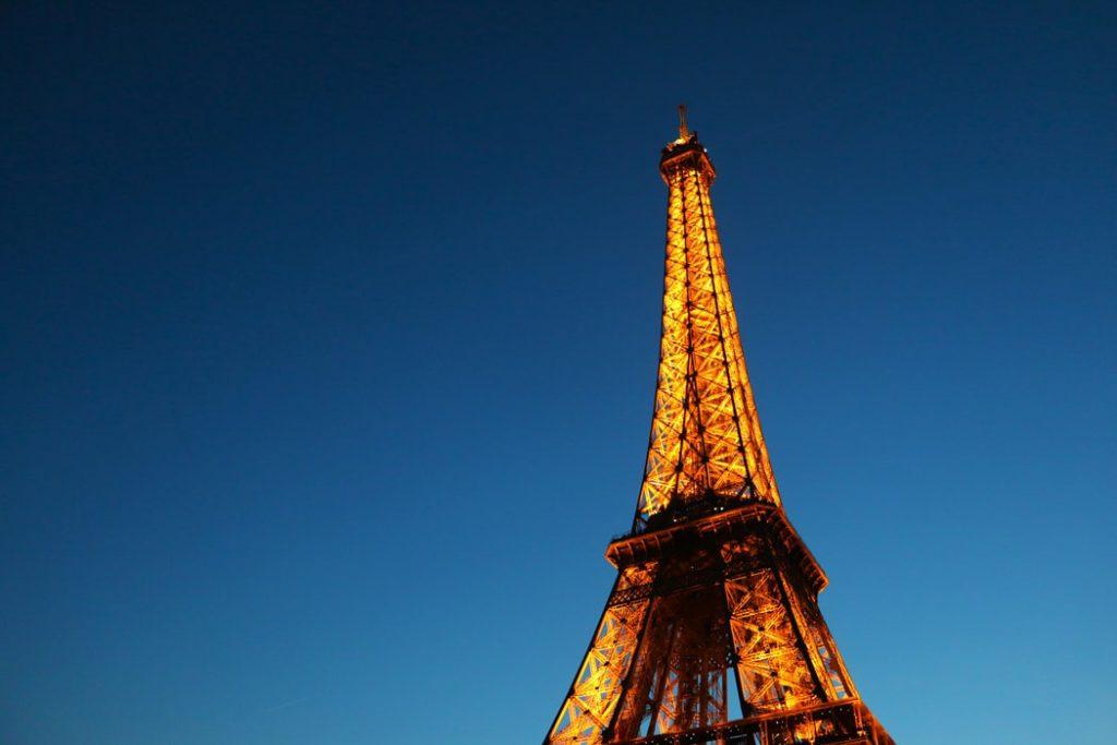 جاهای دیدنی و تفریحات شبانه پاریس