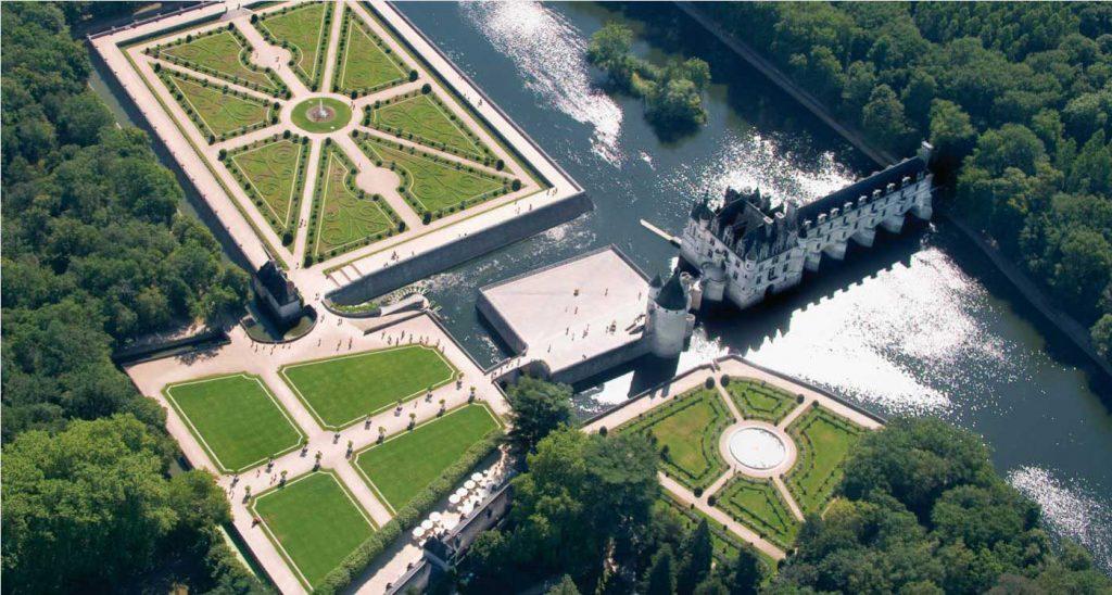 درباره قلعه چنانسی فرانسه