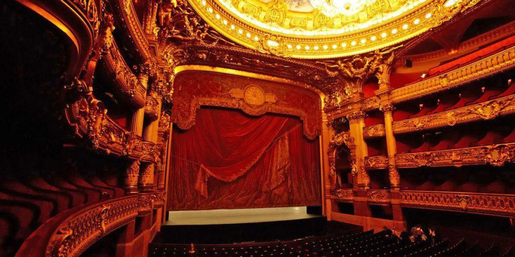 سالن اصلی اپرای گارنیه