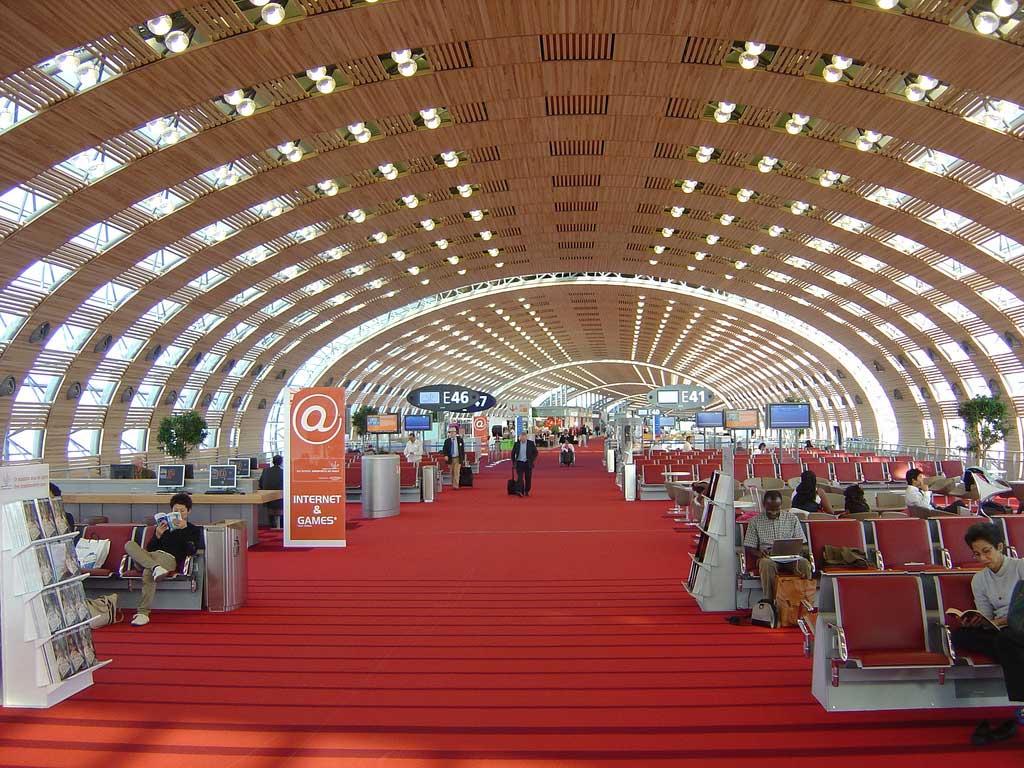 فرودگاه شارل دوگل فرانسه