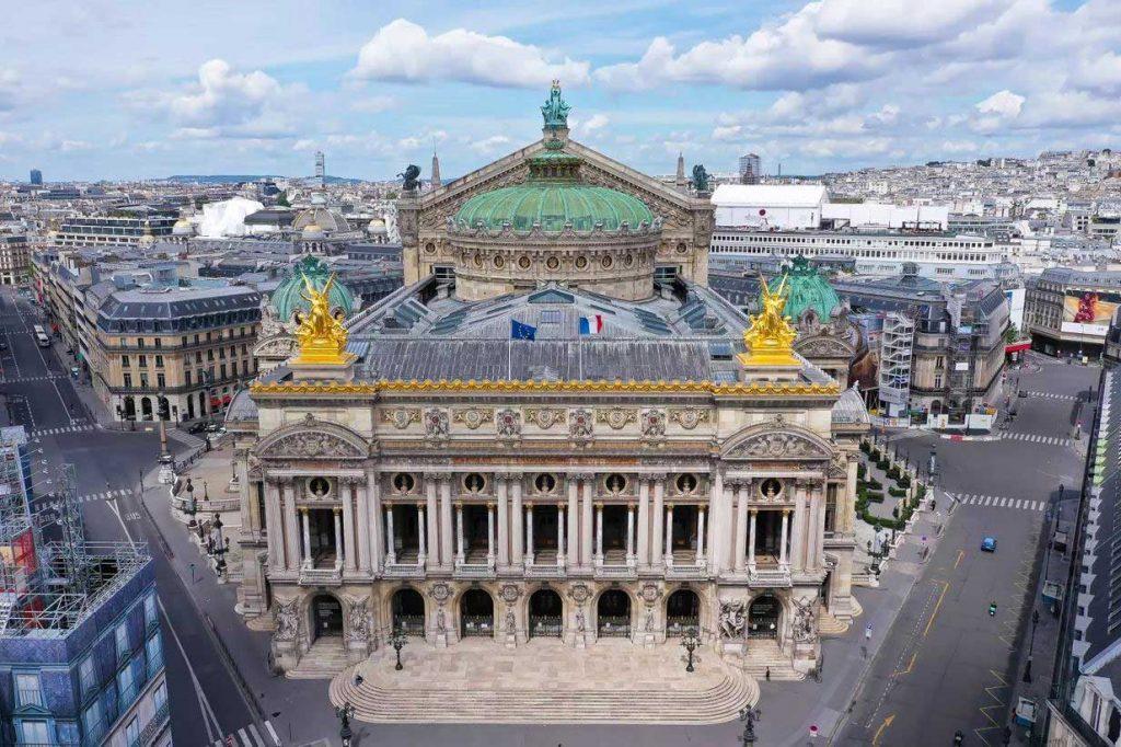 موقعیت و بازدید از کاخ و اپرای گارنیه