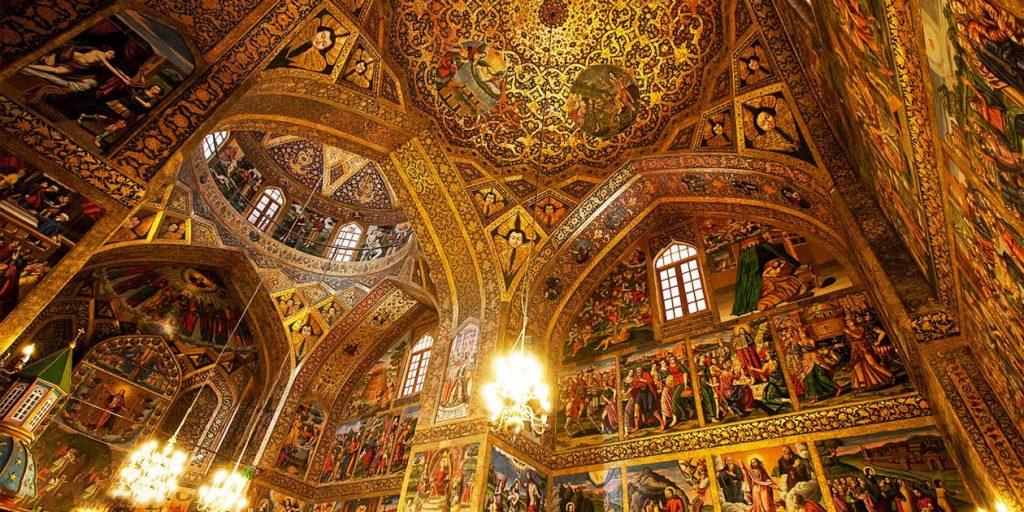 کلیسای وانک - جاهای دیدنی اصفهان در پاییز