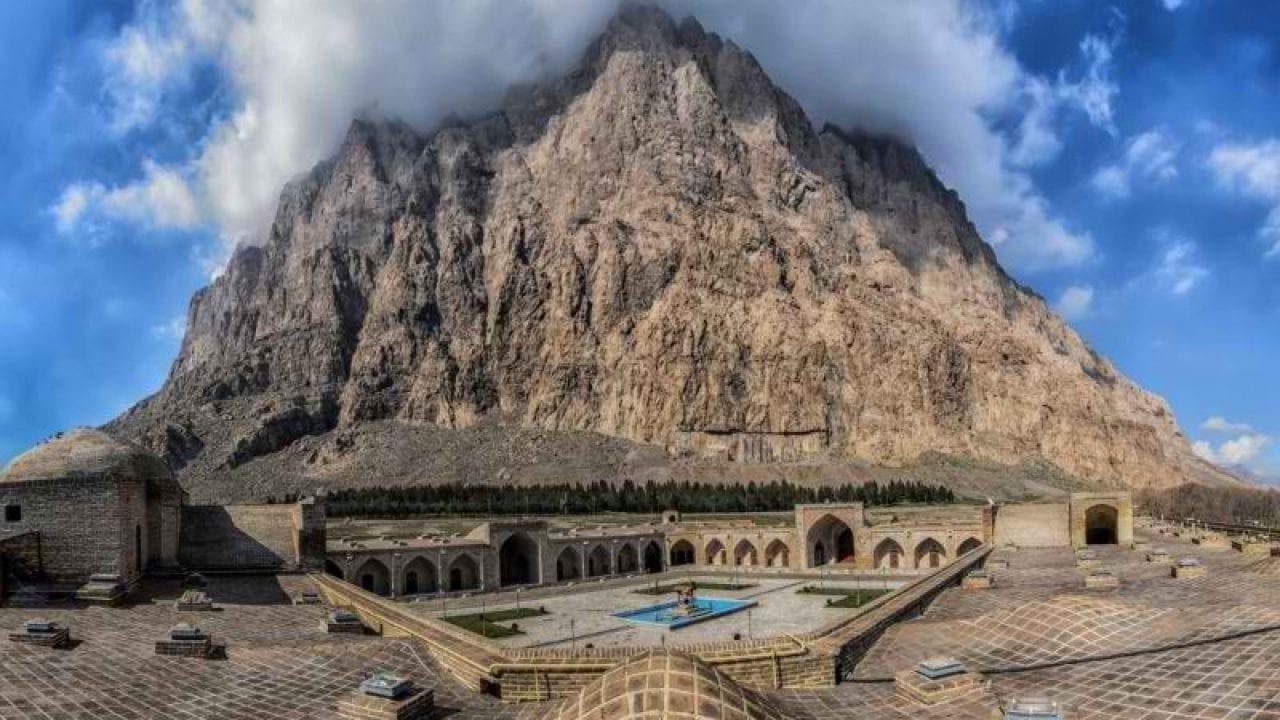 Kermanshah Travel: Mount Bisotoun Complex